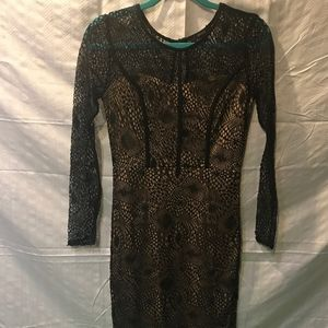 FOREVER 21 Black Lace Long Sleeve dress - S
